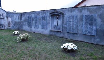 Lo storico cimitero di Sant Orso ad Aosta 0b7127434cf6